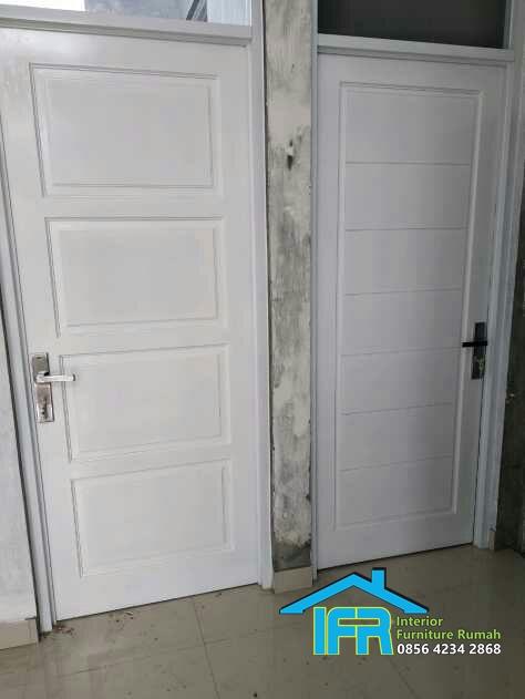 pintu kamar Rumah