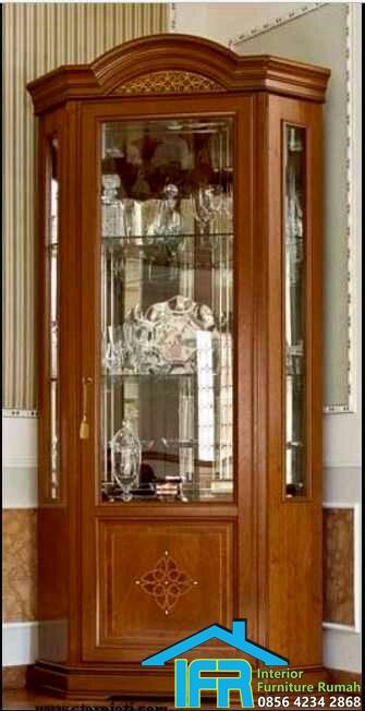 lemari pajangan display kaca
