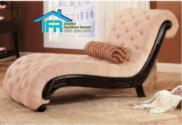 Kursi sofa santai ukir model terbaru