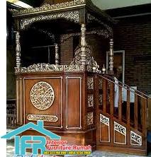Mimbar Masjid Tangga Ukir
