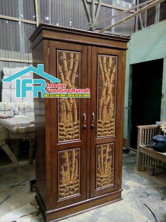 lemari pakaian ornamen bambu