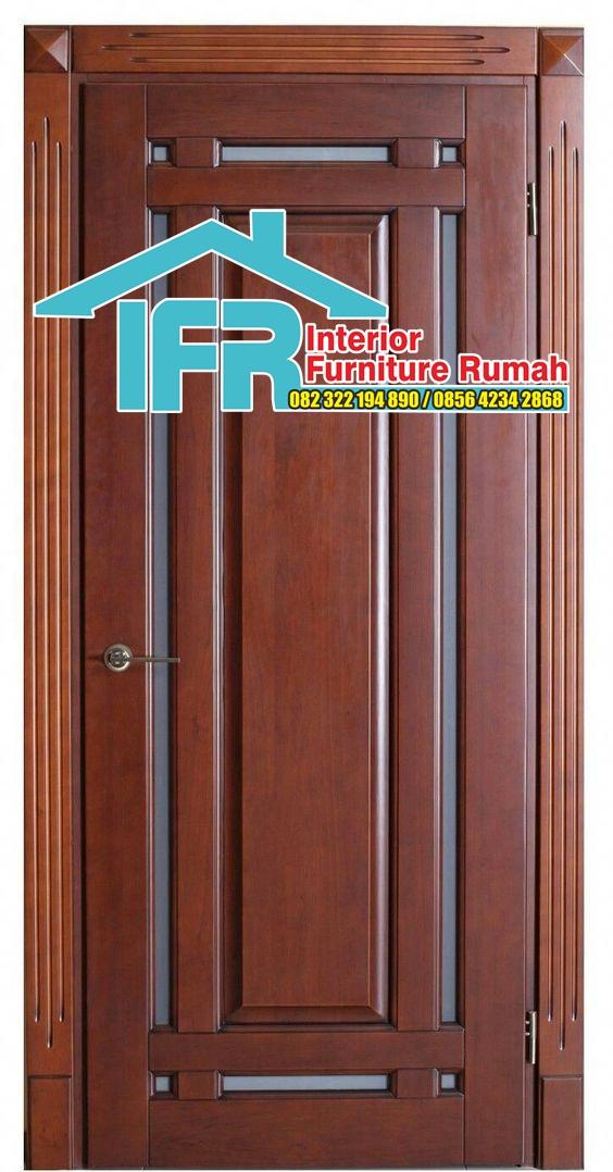 pintu rumah kayu