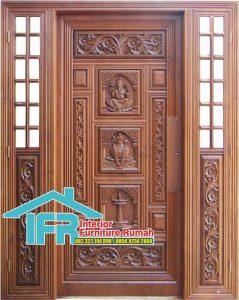 Pintu Rumah Ukir