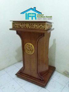 mimbar podium masjid ukiran